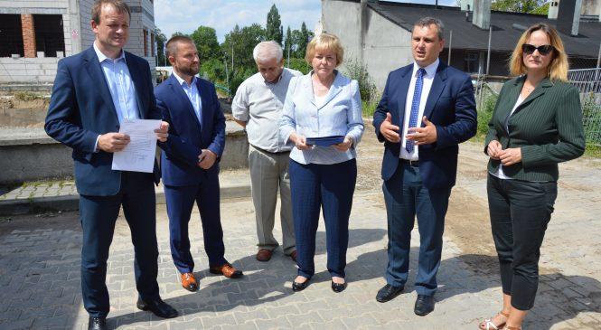 Następne środki trafią na rozbudowę gnieźnieńskiego szpitala