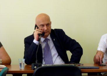 Sesja na telefon, czyli kłopoty z quorum