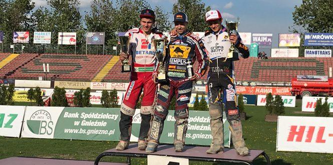 D. Kubera zdobył Brązowy Kask, N. Krakowiak w IMEJ!