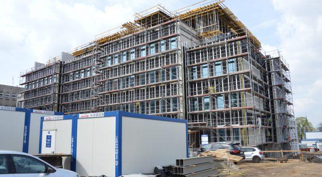 Problemy szpitala z… poprzednią rozbudową