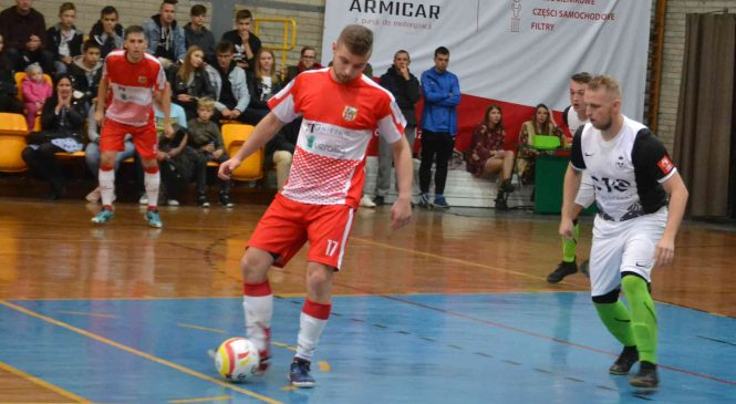 Futsaliści KS Gniezno nie wykorzystali szansy na pierwsze zwycięstwo w sezonie