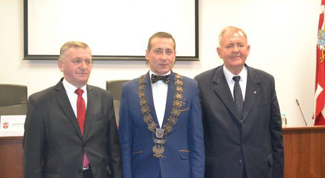 Wybrano prezydium Rady Powiatu Gnieźnieńskiego oraz nowy Zarząd Powiatu