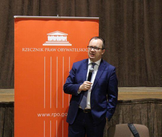 Rzecznik Praw Obywatelskich we Wrześni: Kiedy samorząd wydaje gazety, wkracza w sferę zastrzeżoną dla obywateli