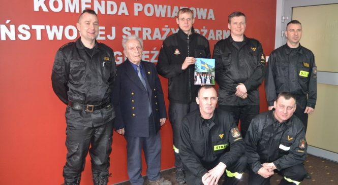 Podziękowania dla strażaków ze szwedzkiego Zamku Królewskiego