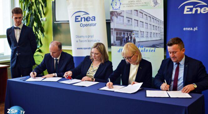 Enea – nowy patron wspierający kształcenie w zawodzie elektryka