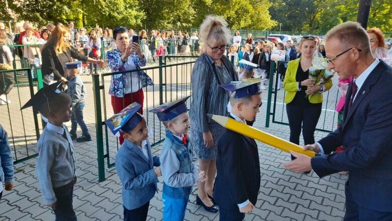 Nowy rok szkolny w miejskich szkołach rozpoczęty