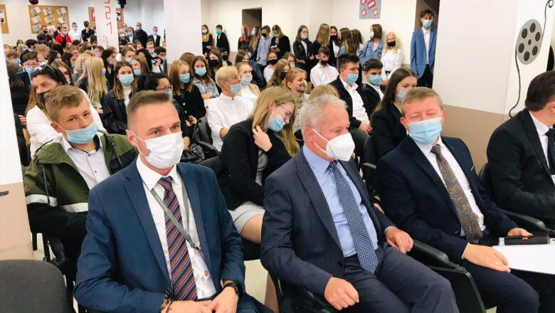 Inauguracja nowego roku szkolnego w powiecie gnieźnieńskim