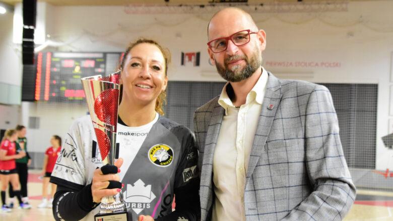 Bezapelacyjne zwycięstwo gnieźnianek! MKS PR URBIS z Pucharem Prezydenta!
